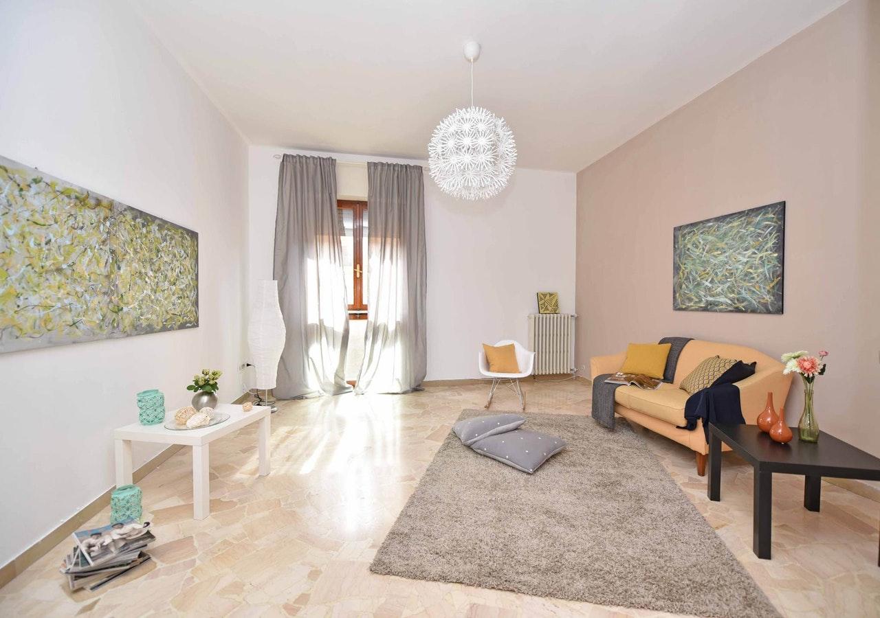 Jak wyczyścić dywan w domu?