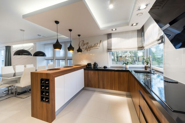 Czy warto wykorzystać meble na wymiar w całym domu?