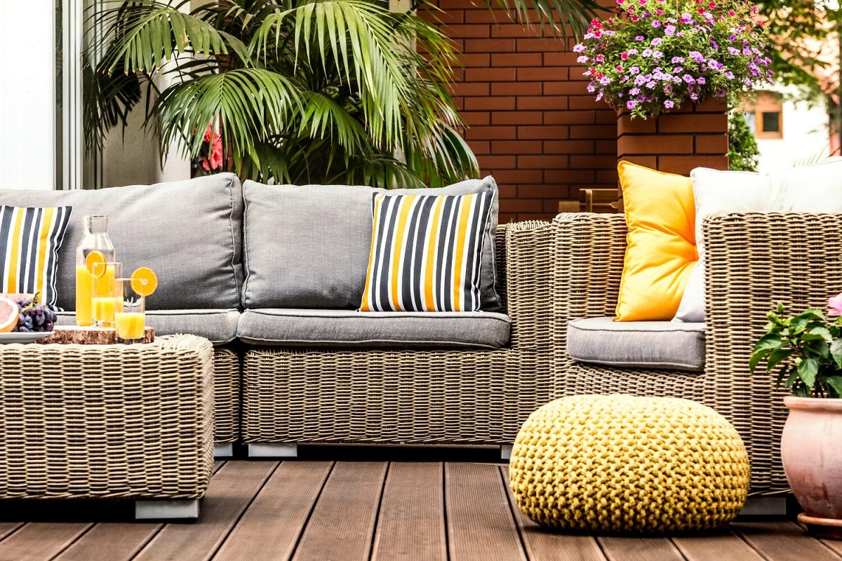Meble wypoczynkowe do Twojego ogrodu – w jaki sposób je wybrać?